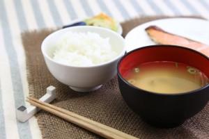 冷え性を改善する意外な食べ物と食事レシピ