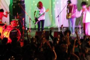 コンサートとライブの違いをわかりやすく解説します!