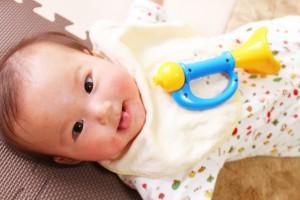 【ママ必見】赤ちゃんを二重まぶたにする方法を調べてみました