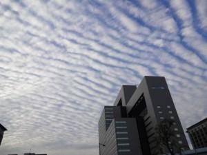 相次ぐ地震雲の目撃談!熊本の震度7地震との関連は?