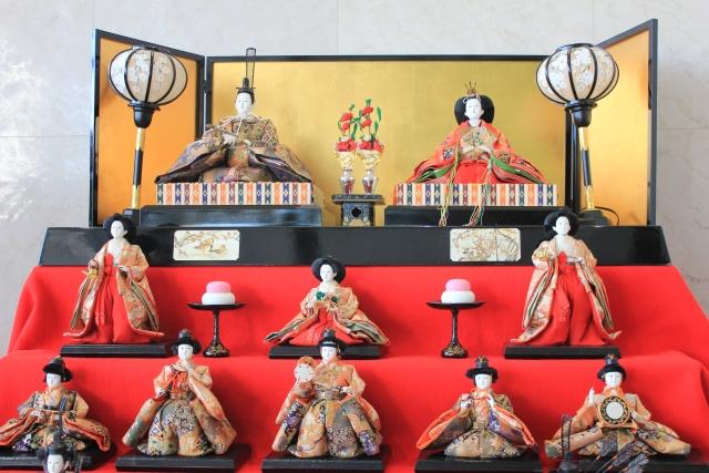 【2017年度版】雛人形の飾り方と片付け方は?収納場所や収納ケースの正しい選び方