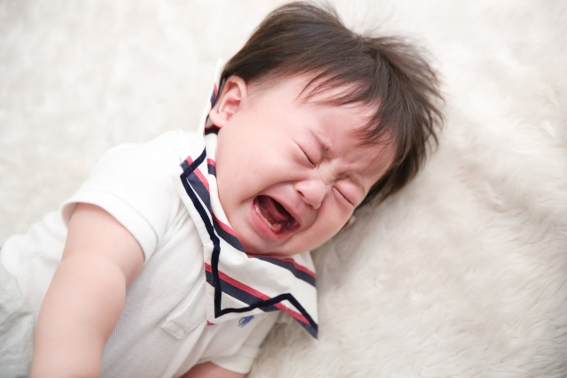 赤ちゃんの夜泣きがひどい!いつもと違うときは病気が原因かもしれません!