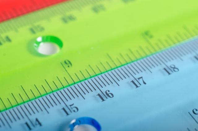 物差しや定規がない時に役立つ!身近なモノを使った長さの測り方