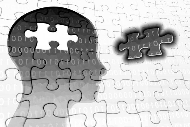 物忘れと認知症の違いは?簡単にチェックできる方法をわかりやすく解説します