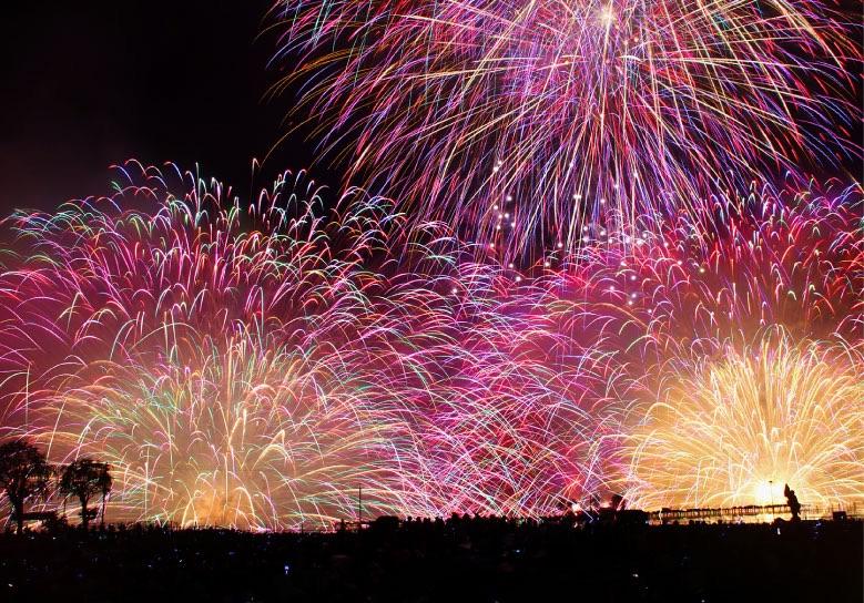 長野諏訪湖祭湖上花火大会2018年の日程と見どころ 穴場、有料観覧席、交通アクセス情報も調べてみました!